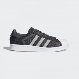 Giày Superstar White Mountaineering